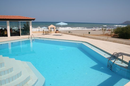 Caretta Beach: Pool