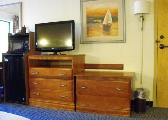 Hampton Inn White River Junction : Room 119