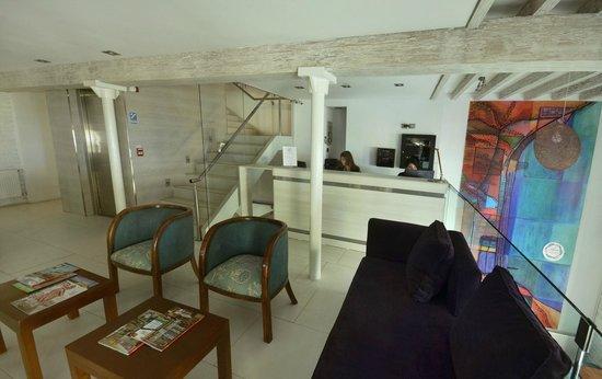Hotel Terranostra: Recepción