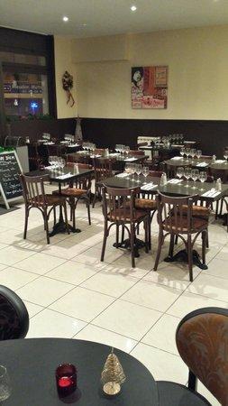 CARPE DIEM: Salle du restaurant