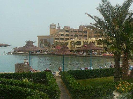 Sunny Days El Palacio Resort & Spa: beach