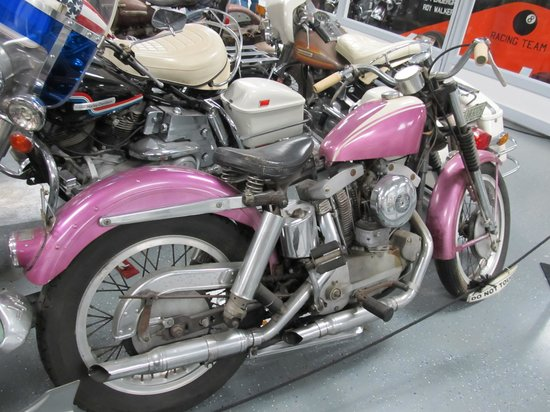 American Classic Motorcycle Museum: Pretty purple bike