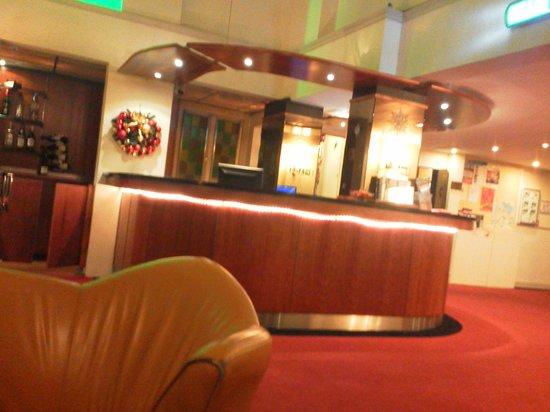 Tulip Inn Amsterdam Centre: Lobby area.