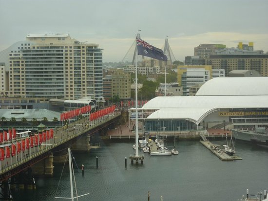 Hyatt Regency Sydney: View to Darling Harbour from room