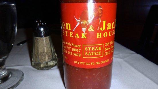 Ben & Jack's Steak House: MOLHO DA CASA