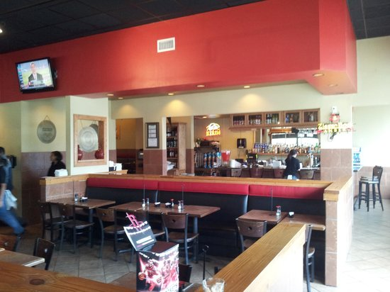 Genghis Grill: Bar