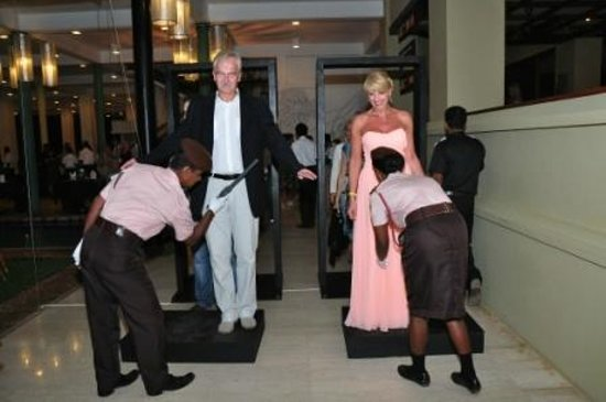Heritance Ahungalla: Clearing security