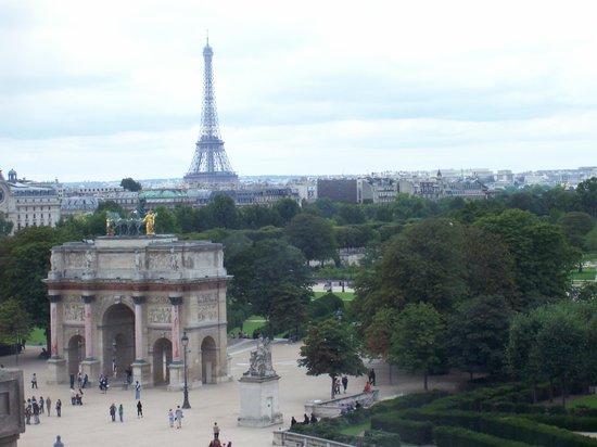 Arc de Triomphe du Carrousel: The Arc from the Louvre