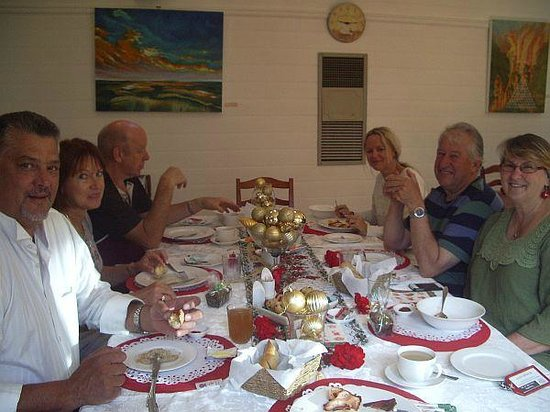 Tranquilles Luxury Spa B&B Guest House: Guests enjoying Christmas Breakfast 2013