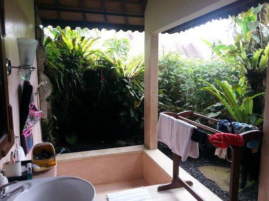 Villa Orchid Bali: Bathroom