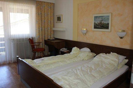 Hotel Weinbauer: номер