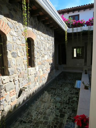 The San Rafael Hotel: Water feature