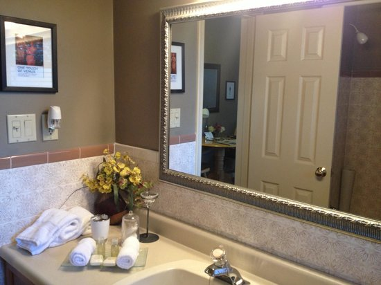 627 on King Bed and Breakfast : Bathroom