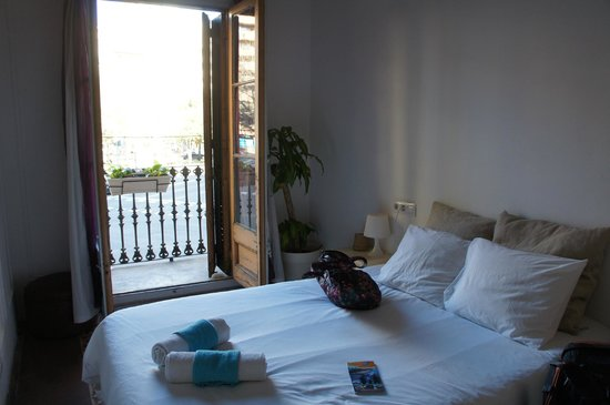 Primavera Hostel : double room