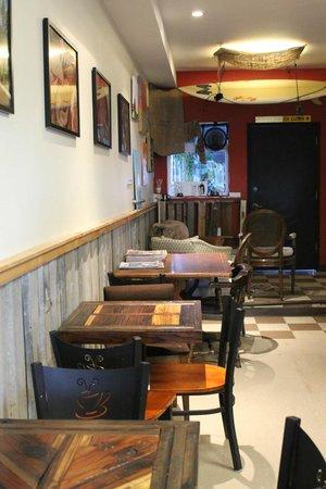 Top Dog Coffee Bar : View of the coffee shop