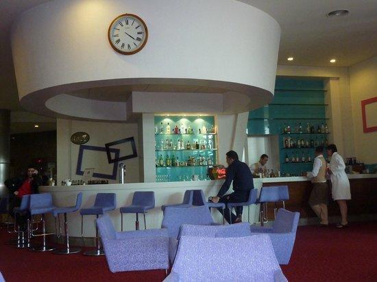 Baia Lara Hotel: lobby bar