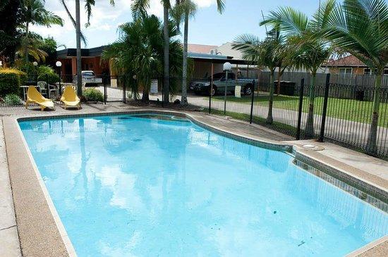 Riviera Motel Bundaberg: Pool 1