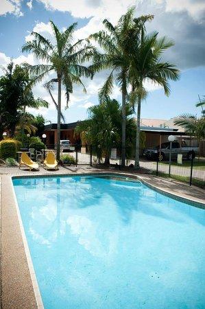 Riviera Motel Bundaberg: Pool 2