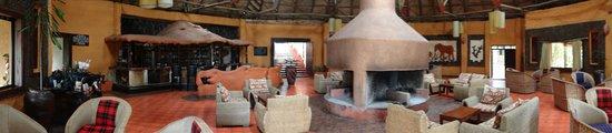 Mara Sopa Lodge: Fire place