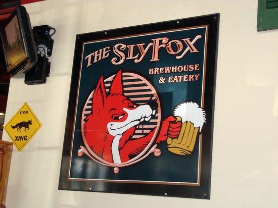 Sly Fox Brewhouse & Eatery : Sly Fox logo