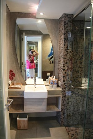 Bliss Surfer Hotel: Bathroom