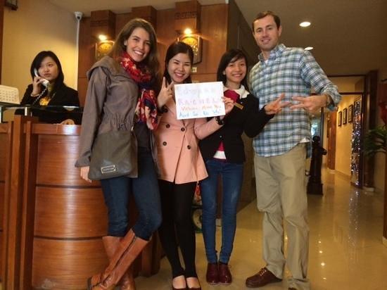 Hanoi Holiday Diamond Hotel: with Candy