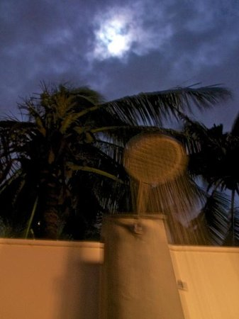 The Nam Hai Hoi An: Elusive moon over Outdoor Shower