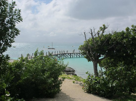NIZUC Resort and Spa: view from la punta in a sun shower