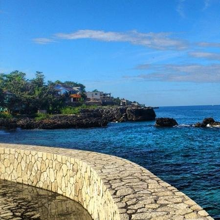 The SPA Retreat Boutique Hotel: beautiful view to Westpoint Negril