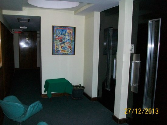 Hotel Ambassador: pasillo del 2piso