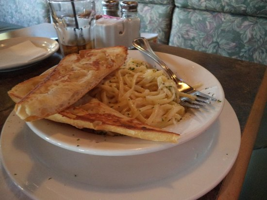 Salmon Point Restaurant : Penne Pasta with Alfredo Sauce