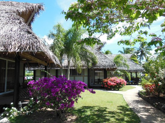 Lagoon breeze villas updated 2018 prices lodge reviews for Villas polinesia