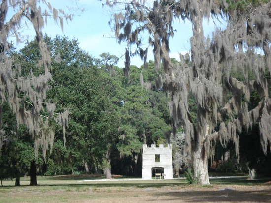 Fort Frederica National Monument: Leftover fort