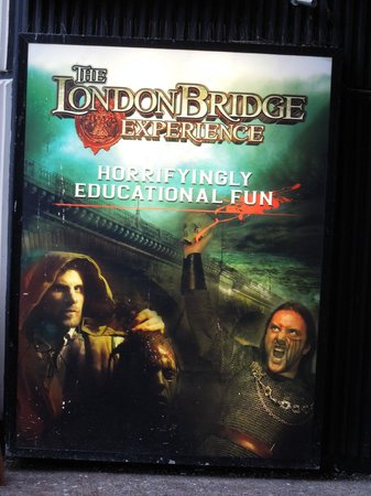 The London Bridge Experience: This was a very good horror walk-through!