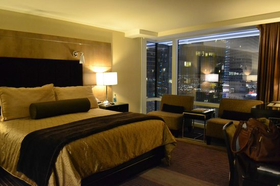 ARIA Resort & Casino: Hotel Room
