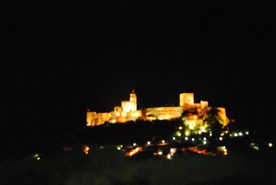 Andalucian Guesthouse La Mota Vista: la vue nocturne de la terrasse