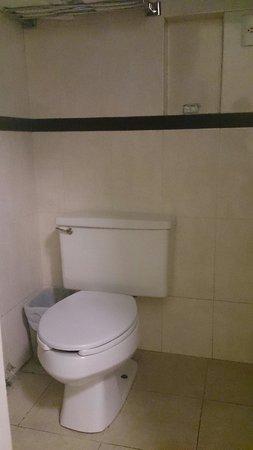 Hotel Principal: Baño2
