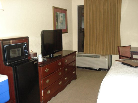 Hampton Inn Beaufort: Room