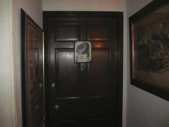 Farnsworth House Inn: The door to the Sarah Black Gideon Room.