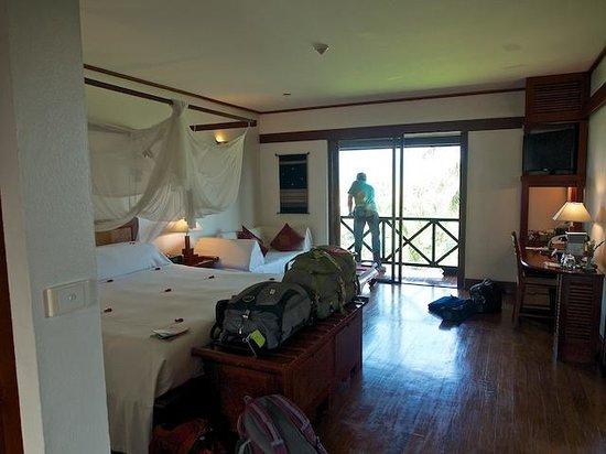 Belmond La Residence Phou Vao: The room