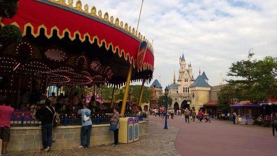 Hong Kong Disneyland Hotel : Disney park