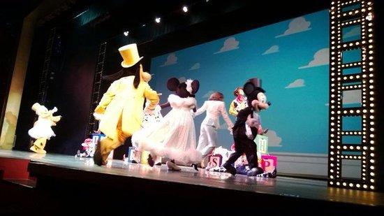 Hong Kong Disneyland Hotel : Golden Mickey's show!