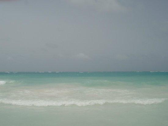 Paradisus Punta Cana : Olha a cor da água!!!