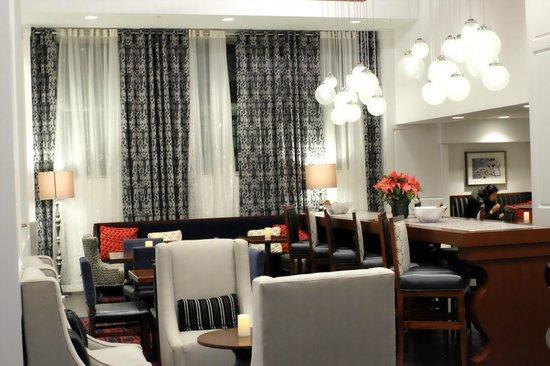 Hampton Inn Washington, D.C./White House : Dining Area