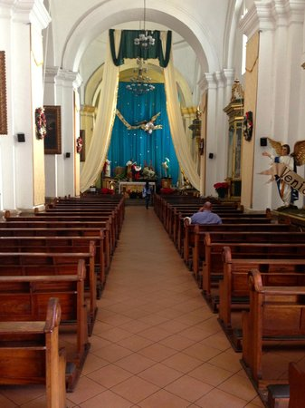 Catedral de Santiago: Church inside
