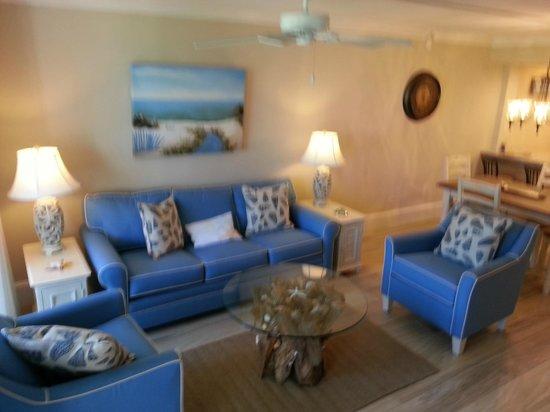 Sundial Beach Resort & Spa: Furniture