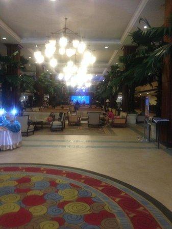 Phuket Graceland Resort & Spa : lobby