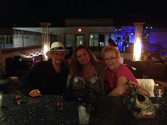 The Wyvern Hotel Punta Gorda : Great bar!