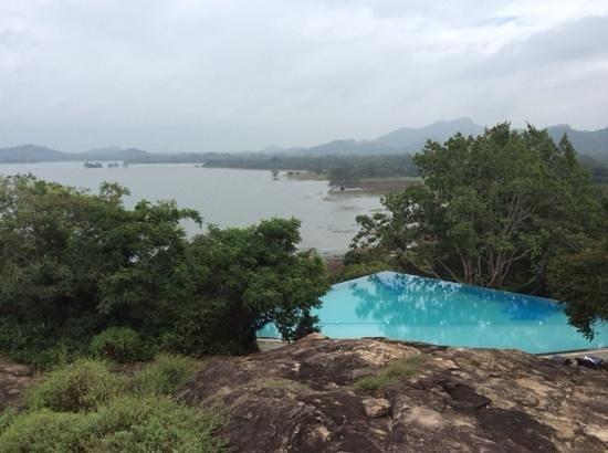 Heritance Kandalama: pool view