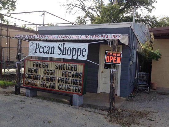 Brady, TX: the smaller shop, on Bridge